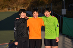 ※左から土屋生徒、中嶋生徒、鈴木生徒