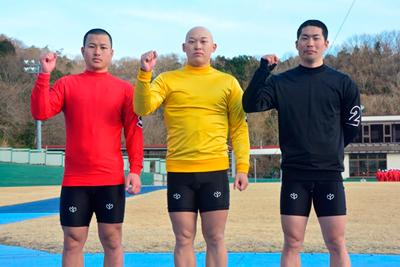 左から 松本生徒、 門脇生徒、 今野生徒(写真)