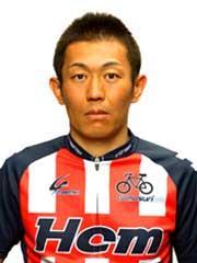 岸澤 賢太選手の顔写真