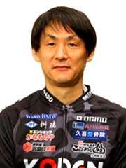 岡 光良選手の顔写真