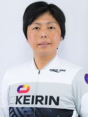 岡村 育子選手の顔写真